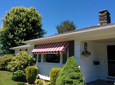 Another happy customer, saving 10% by recovering his awnings during winter!